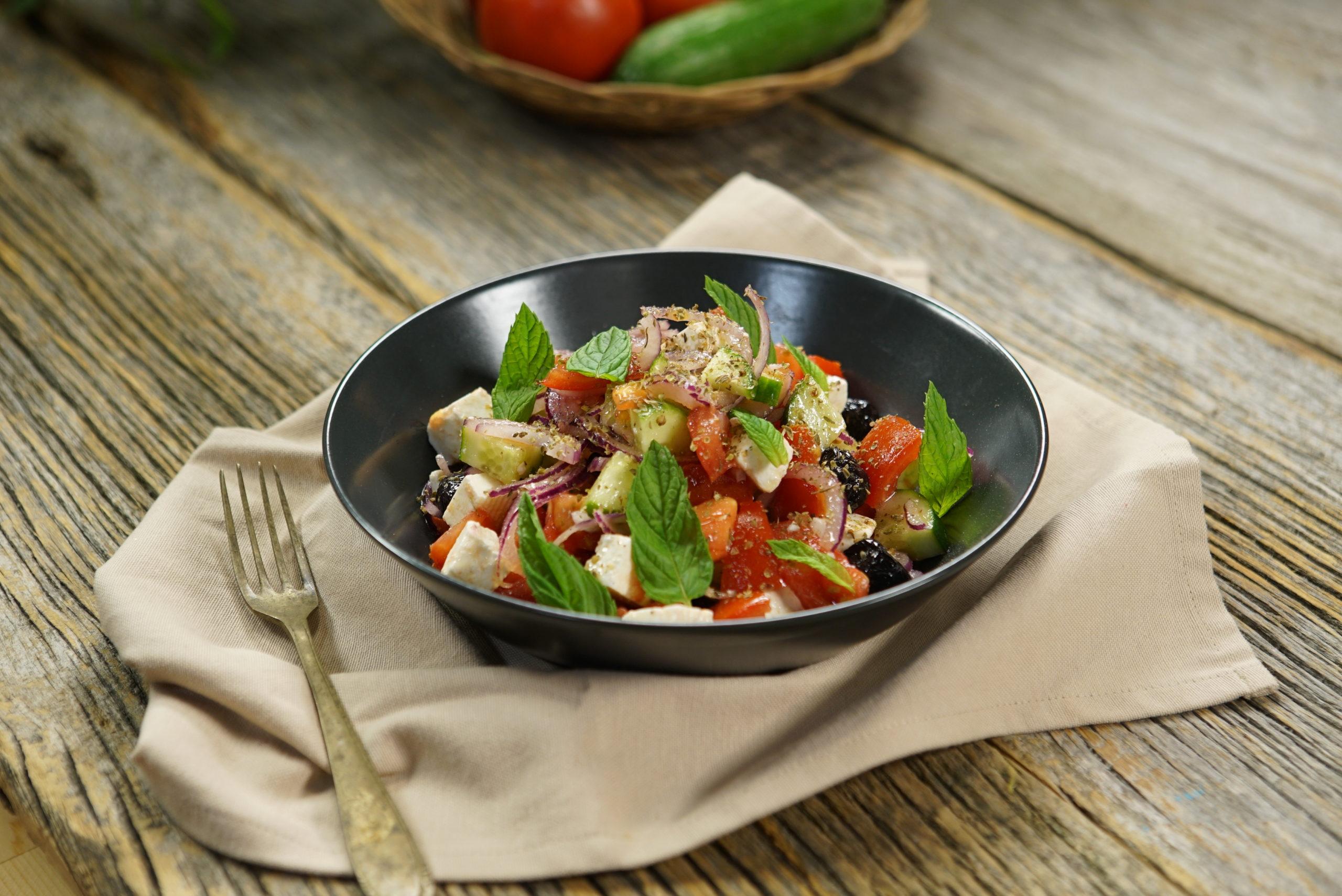 Yunan Salatası Tarifi