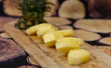 Ananas Nasıl Soyulur?