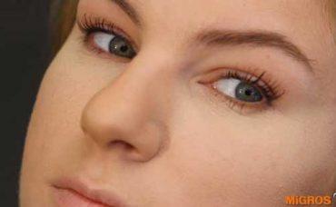 Rimel Sürmenin Püf Noktaları ve Gizli Göz Makyajı