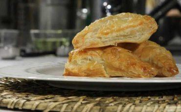 Tavuklu, Dereotlu ve Limonlu Milföy Böreği Tarifi