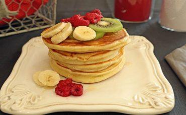 Meyveli Pancake Tarifi