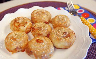 Peynirli Sucuklu Bi'lokmalık Börek Tarifi
