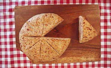 Salam ve Kaşarlı Ekmek Tarifi