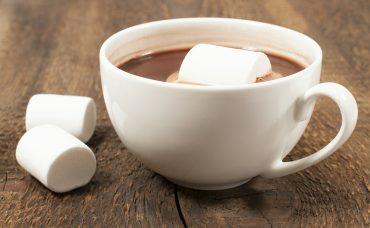 Marshmallowlu Sıcak Çikolata Tarifi