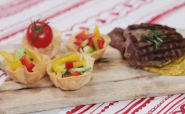 Çıtır Yufka Sepetinde Salata Tarifi