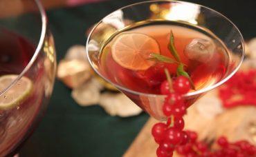Kırmızı Meyveli Punch Tarifi