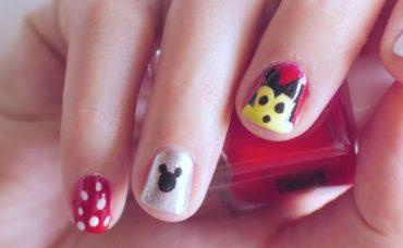 Mickey Mouse'lu Tırnak Tasarımı