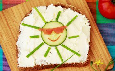 Yaz Aylarında Nasıl Beslenmeliyiz?
