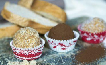 Minik Lezzetler: Elmalı Bayat Ekmek Topları