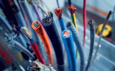 Dağınık Kablolar Nasıl Düzenlenir?