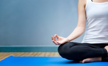 Yoga Yaparken Kıyafet Seçimi Nasıl Olmalı?