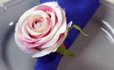 Çiçek Süslü Peçete Tutacakları Nasıl Yapılır?