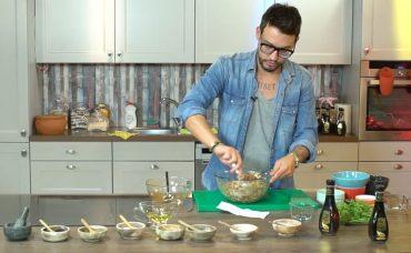 Kühne Nar Ekşisi ile Vegan Salata Tarifi