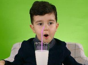 Minik Damaklar: Süt