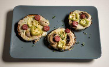 Patlıcan Tabanlı Pizza Tarifi