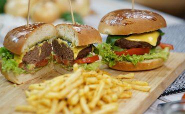 Avokadolu Burger