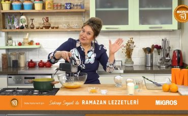 Sahrap Soysal ile Ramazan Lezzetleri Portakallı Akdeniz Revanisi
