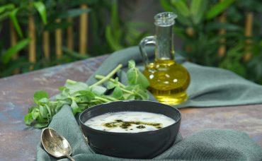 Bağışıklık Güçlendirici Yoğurtlu Semizotu Çorbası