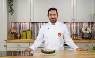 Halil Şef ile Tarifler: Yoğurtlu Semizotu Salatası Tarifi
