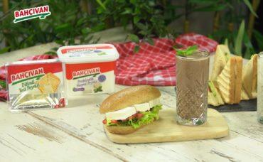 Beslenme Çantası Tarifleri: Sağlıklı Sandviç ve Smoothie