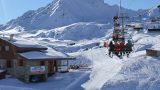 Valizi Hazırla Sebastian: Kar Tatiline Gidiyoruz!