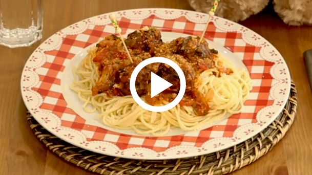Sosis Köfte Spaghetti Tarifi