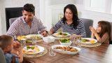 Sofraya Ailece Oturmanın 6 Faydası